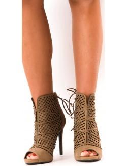 Sandales ajourées lacées
