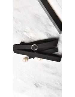 Collier ras de cou anneaux et perles
