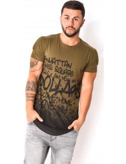 T-shirt tagué