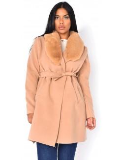 Manteau à fourrure