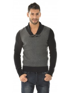 Pull homme contrastant