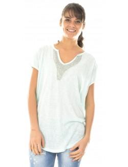 T-shirt fluide à strass au col