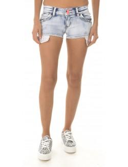 Short en jeans à strass