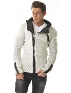 Gilet en laine à capuche
