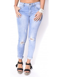Jeans slim retroussé déchiré