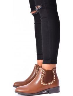 Chelsea boots cloutée