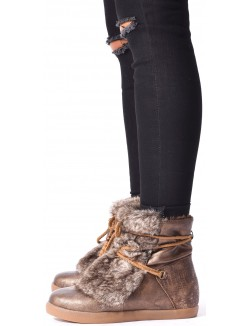 Boots lacées à fourrure